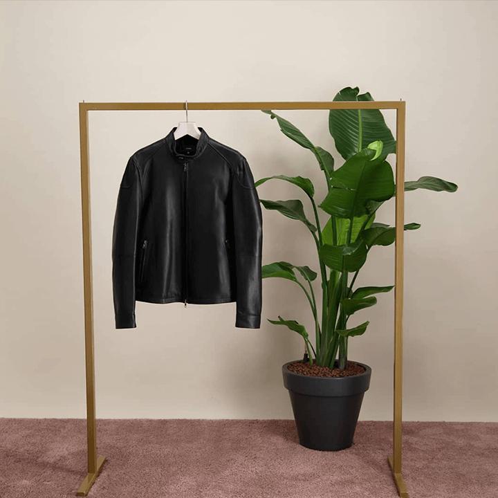 Sfeerafbeelding van een lederen jas