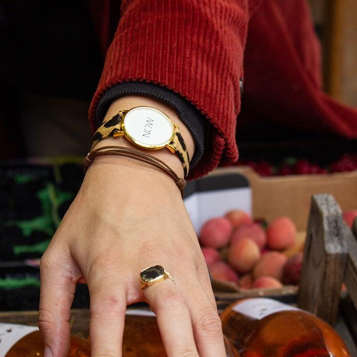 Damespols met een Leopard Watch Now Fine Collection