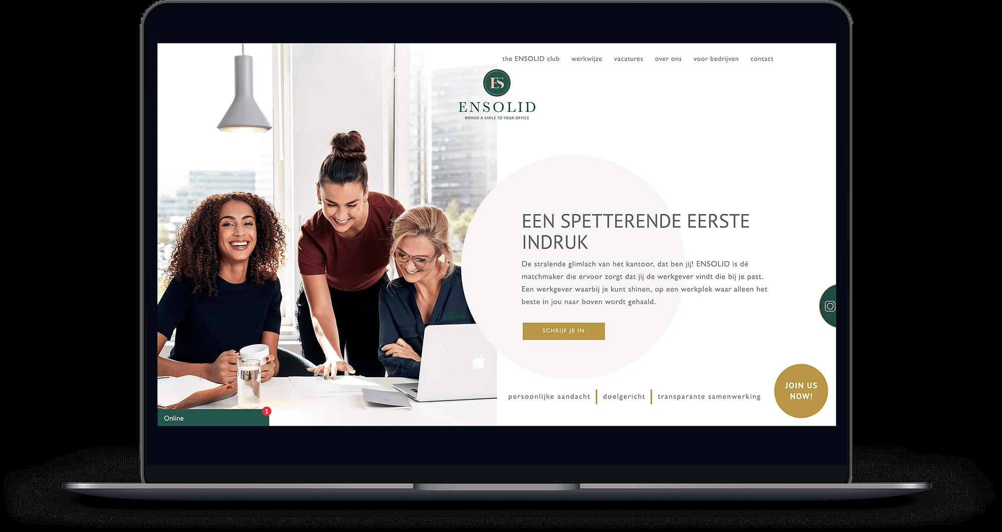 MacBook met de Ensolid homepage open